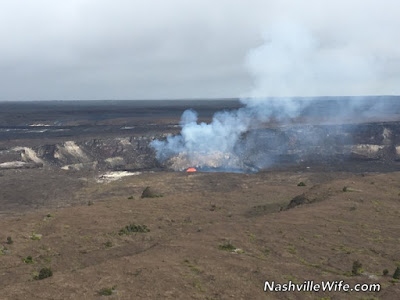 Hawaii volcano active lava flow